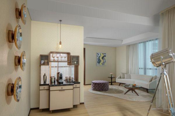 Paramount Hotel Dubai - Suites - Carole Lombard - Living Room-1573983498302