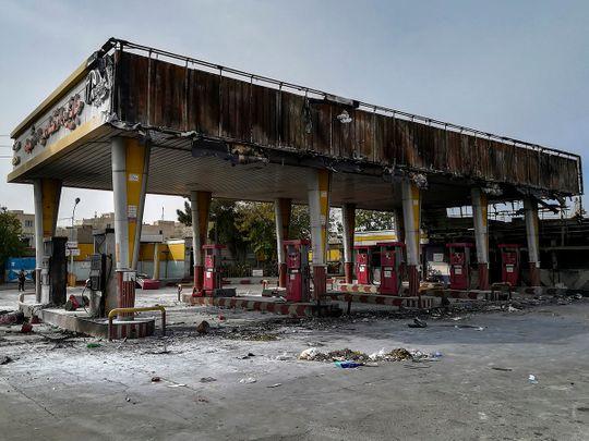 191118 Gas station