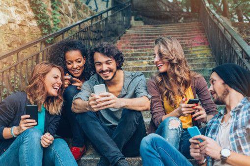 OPN 191119 smart phones-1574157915278
