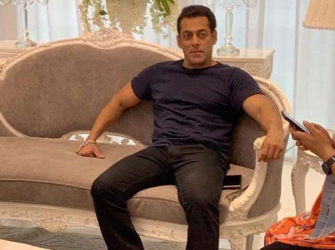 Salman Khan-1574151560602