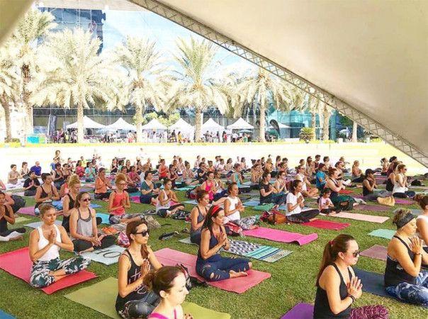 Group shot yogafest-1574262156512