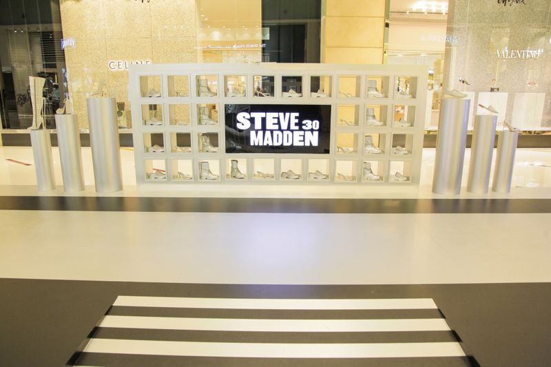 Steve Madden in Dubai 6-1574255094318