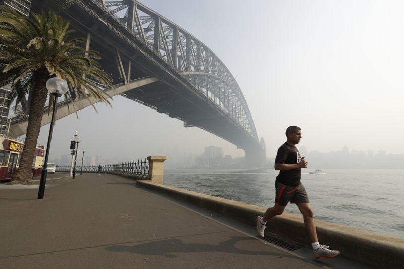 Copy of Australia_Wildfires_25207.jpg-2354c-1574330356279