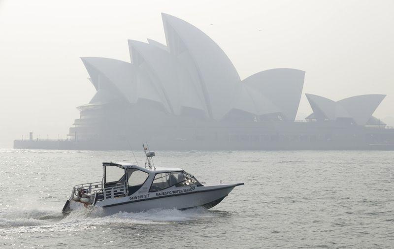 Copy of Australia_Wildfires_76723.jpg-8b710-1574330331063