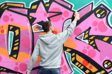WKR 191121 URBAN ART DXB Live workshops will offer guests lessons on spray painting and stencil skills-1574507499805
