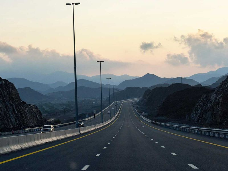 191124 sharjah fujairah road