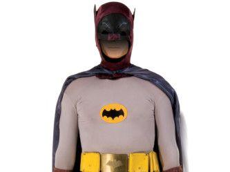 Batman and Robin3-1574576306645