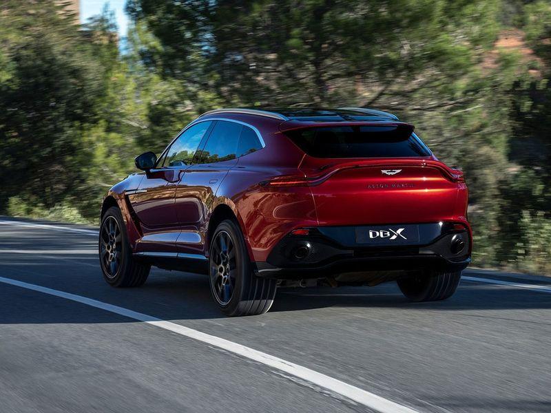 Auto Aston Martin DBX