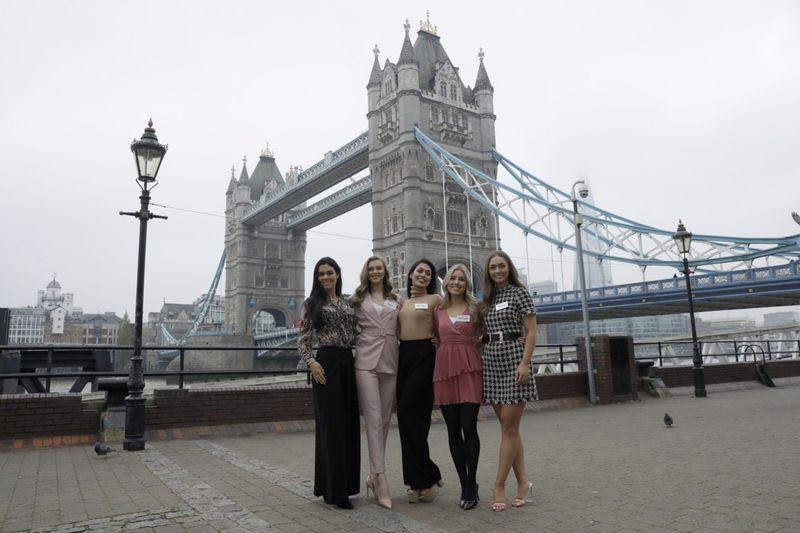 Copy of Britain_Miss_World_51999.jpg-1e642-1574682870324