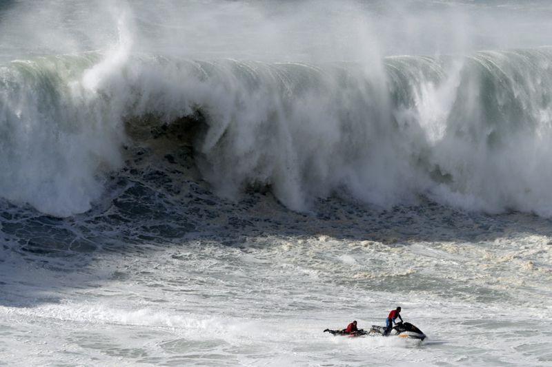 Copy of Portugal_Big_Wave_Surf_15031.jpg-4937d-1574679450702