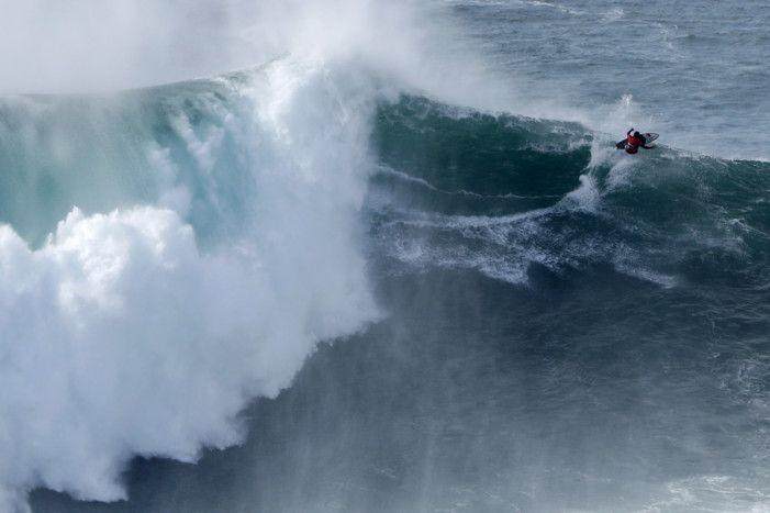 Copy of Portugal_Big_Wave_Surf_74232.jpg-db02f-1574679455908