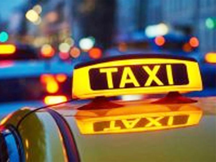 Indian taxi driver refuses to take fare from Pakistan cricketers