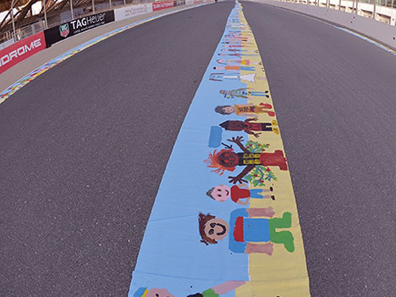 The world's largest painting by a group, to support autism