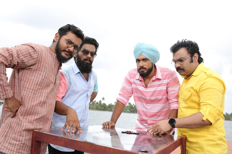 A scene  from Malayalam film Happy Sardar-1574835863320