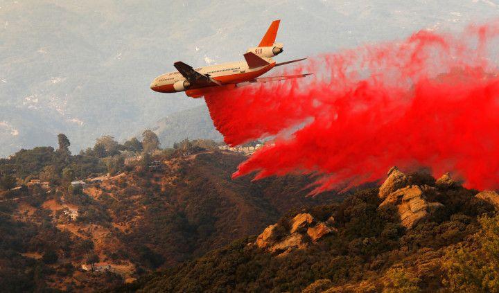 Copy of US-NEWS-CALIF-CAVEFIRE-4-LA-1574847430135