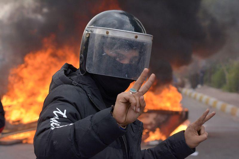 Copy of 2019-11-24T105738Z_669000448_RC2MHD98QN78_RTRMADP_3_IRAQ-PROTESTS-1574938727650