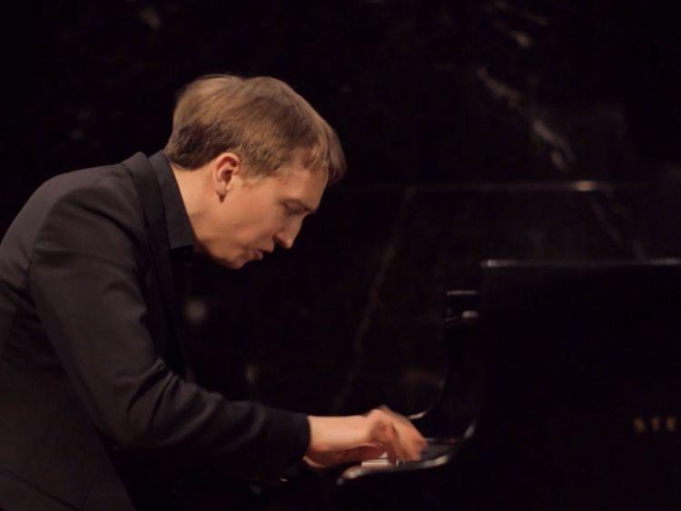 Fabian Mueller - Piano1-1574933973521