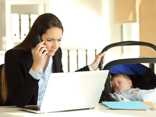 OPN 191128 WORKING MOM-1574938966887