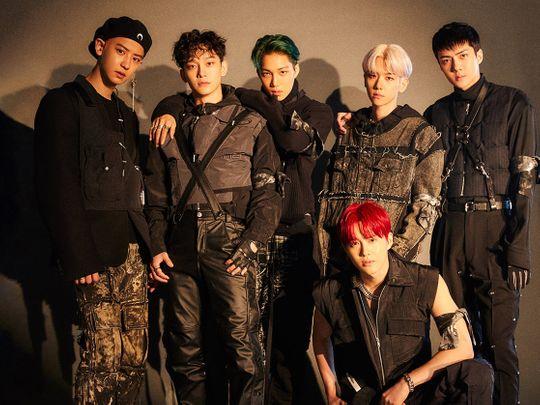 EXO - Left to right - Chanyeol, Chen, Kai, Suho, Baekhyun and Sehun-1575115363677