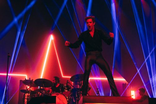 THE KILLERS BRING DOWN THE CURTAIN WITH A ROCKING PERFORMANCE  (3)-1575269496810