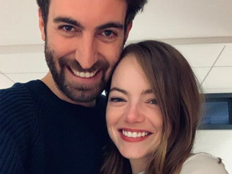 TAB 191205 Emma Stone engaged-1575531405605