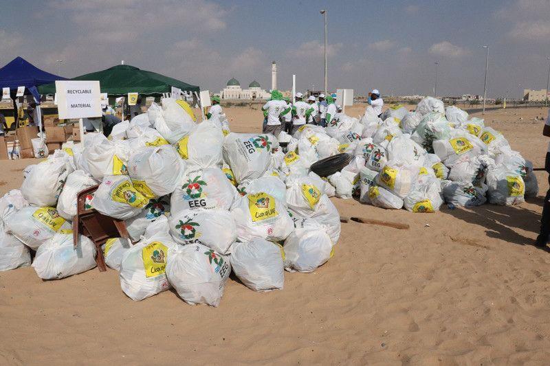 nat 191205 Clean Up UAE kicks off in Sharjah3-1575546259373