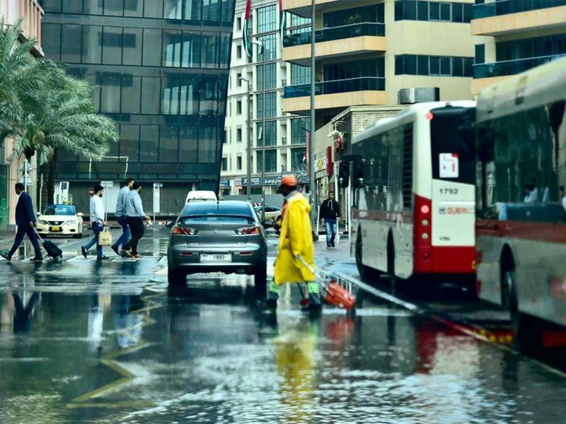191211 dubai rain