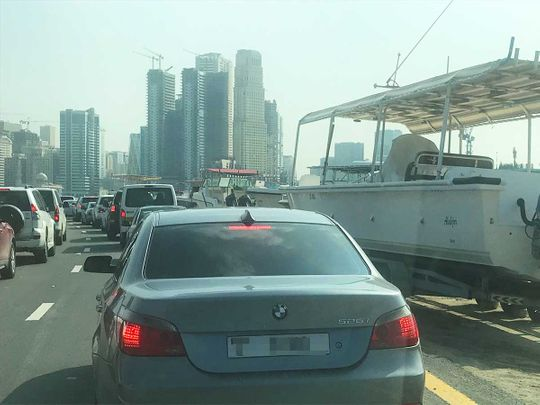 191211 traffic sharjah