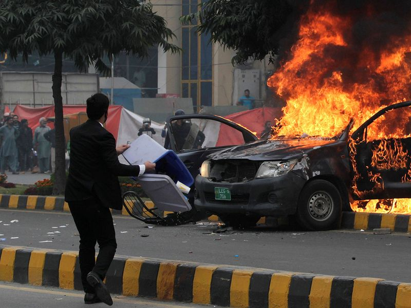 2019-12-11T135012Z_363868866_RC21TD93NDOM_RTRMADP_3_PAKISTAN-VIOLENCE-(Read-Only)
