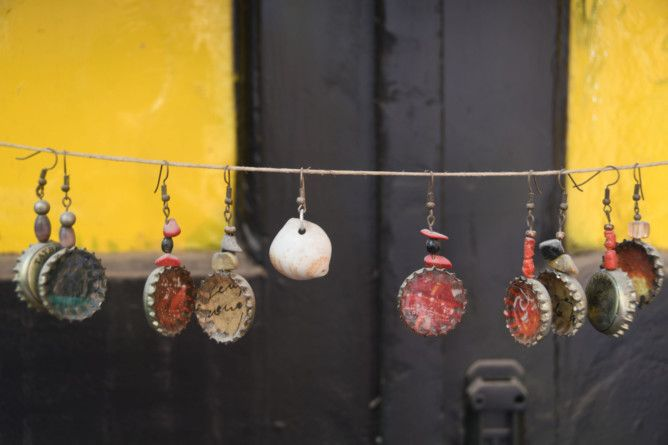 REG 191212  RUBBISH bottle cap earrings-1576224261355