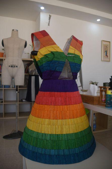 REG 191212  RUBBISH rainbow dress omari-1576224250329