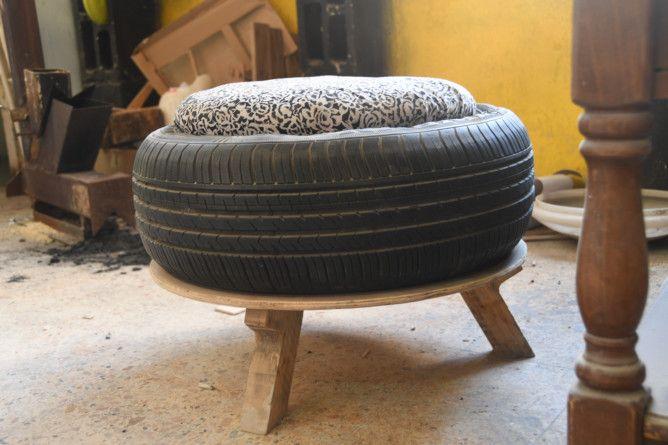 REG 191212  RUBBISH tire chair-1576224274802
