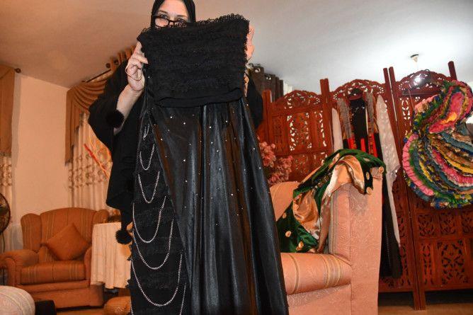 REG 191212 maha with dress-1576224277155