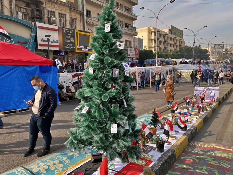 REG 191213 Iraq Christmas Tree-1576240274692