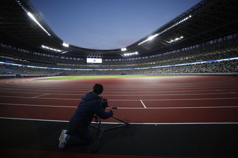 Copy of Tokyo_Olympics_Stadium_Debut_50684.jpg-f2192~1-1576411347759