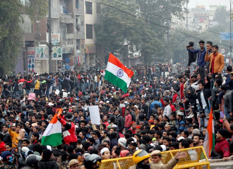 Copy of 2019-12-17T084137Z_627220573_RC2WWD9LGKHX_RTRMADP_3_INDIA-CITIZENSHIP-PROTESTS-1576579301552