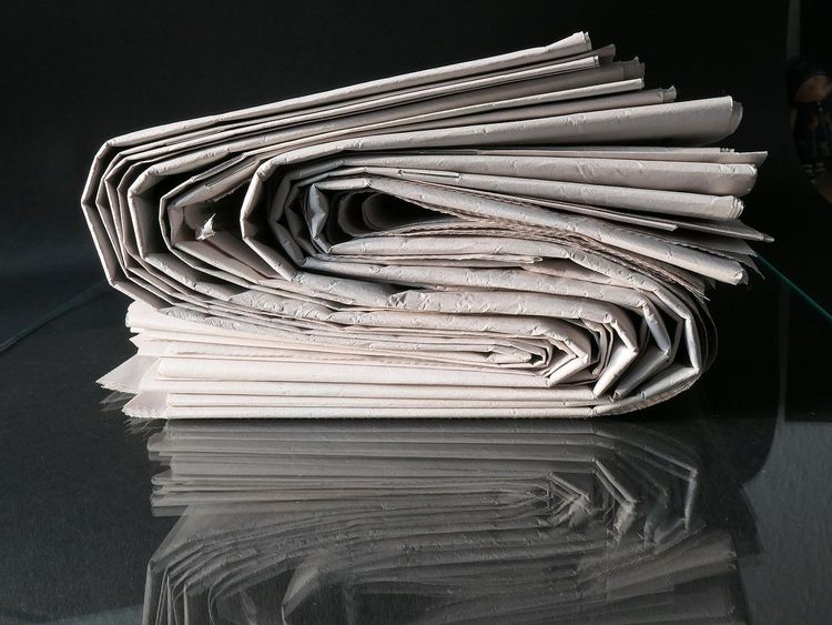 Newspaper generic journalism