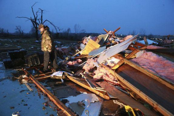 wld-191217 tornado2-1576585885135
