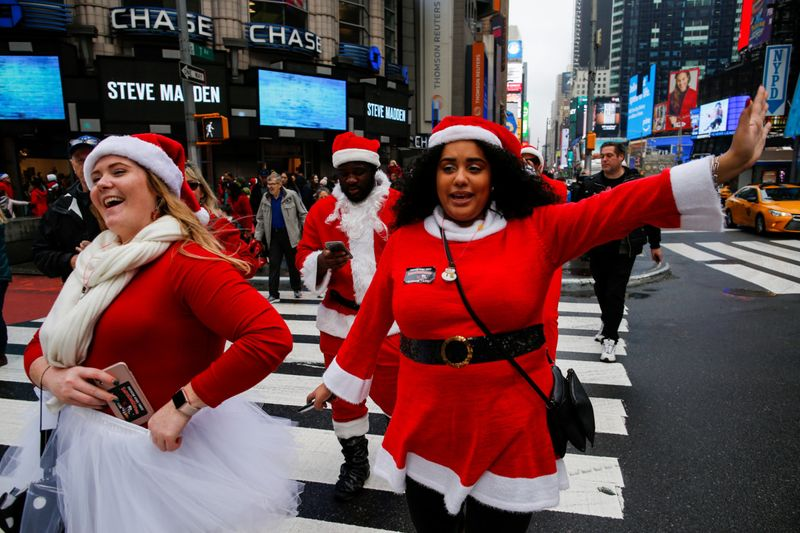 Copy of 2019-12-14T171024Z_1430048866_RC25VD9OHFV0_RTRMADP_3_CHRISTMAS-SEASON-SANTACON-1576745587149
