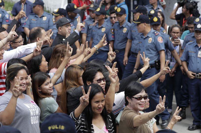 Copy of Philippines_Massacre_Verdict_96313.jpg-3ea58-1576737890571