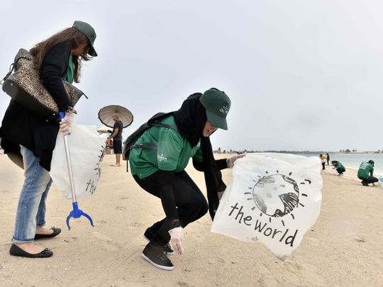 OPN 191219 beach cleaning-1576750544379