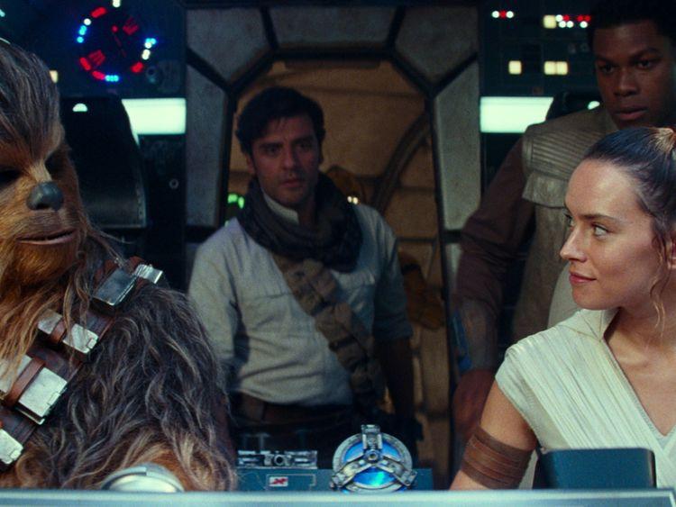 TAB 191219 Rise of Skywalker3-1576743108771
