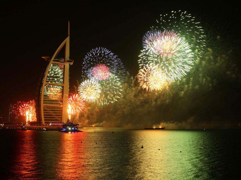 Burj Al Arab fireworks 2-1576932630694
