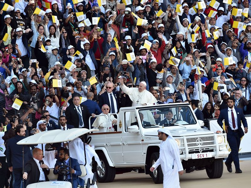 WEB-GALLERY-2019-POPE-DHABI1-(Read-Only)