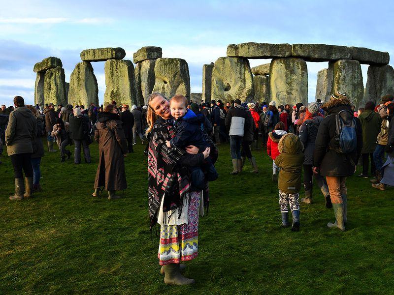 2019-12-22T114503Z_2021085586_RC2B0E9T3G8T_RTRMADP_3_BRITAIN-SOLSTICE-(Read-Only)