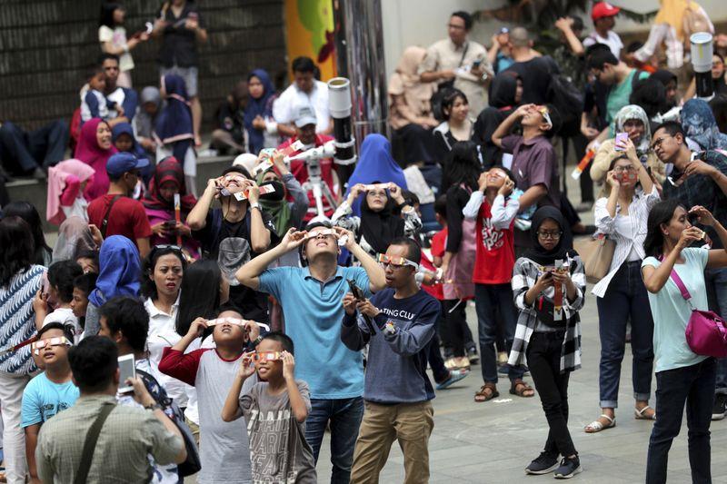 Copy of Indonesia_Solar_Eclipse_44062.jpg-6705b-1577351243497