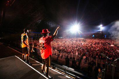 International Grammy Award-winning superstar gave thousands of fans an exhilarating New Year's Eve show-1577867670789