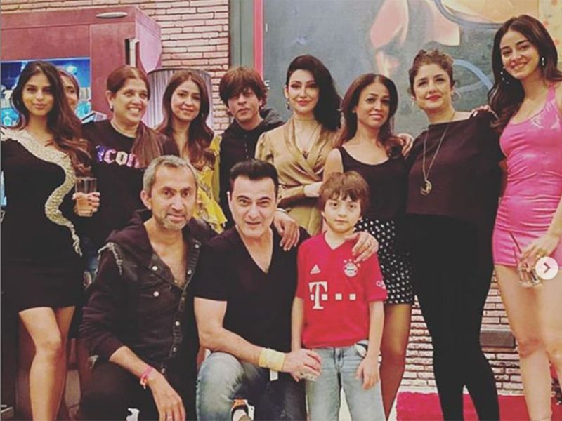 Actor Sanjay Kapoor, his wife Maheep Kapoor, Chunky Panday and his daughter Ananya Panday were part of the Khan family's New Year celebrations.