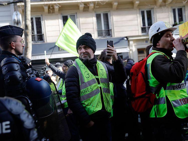Paris reforms strikes