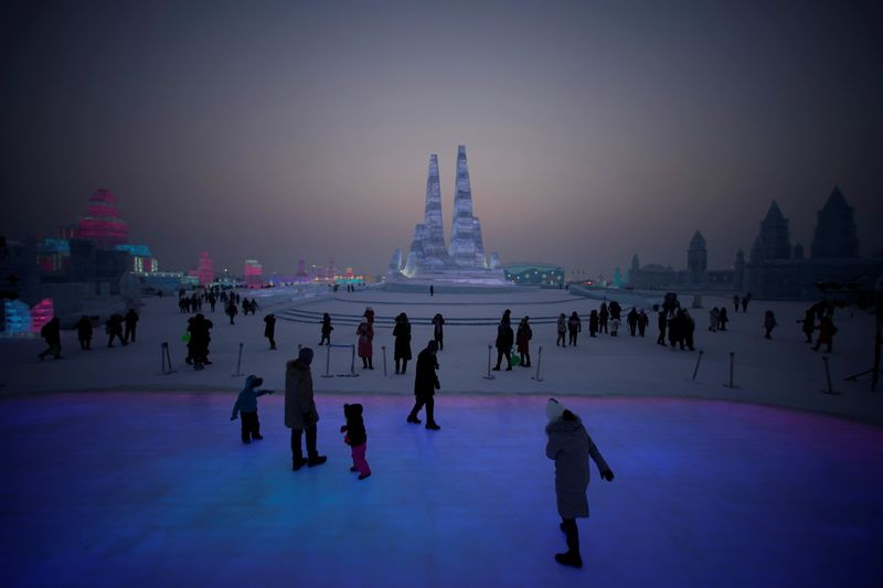 Copy of 2020-01-04T114414Z_1201569006_RC2Z8E95WJXJ_RTRMADP_3_CHINA-ICEFESTIVAL-1578226207164